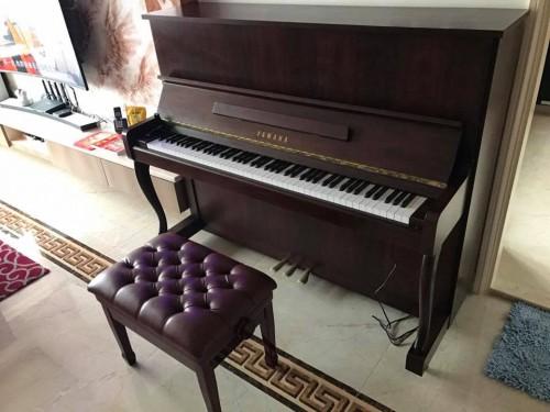 YAMAHA MC1AwnC鋼琴