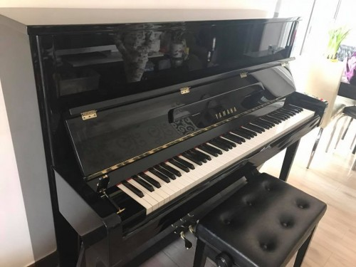 YAMAHA YU116鋼琴