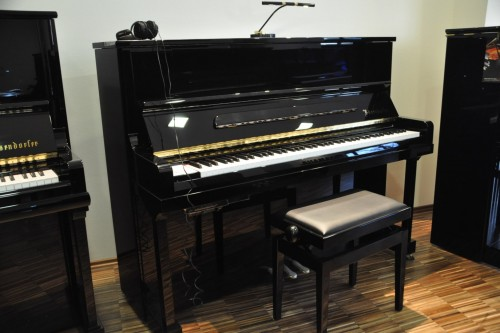 BÖSENDORFER  120CL 直立演奏琴